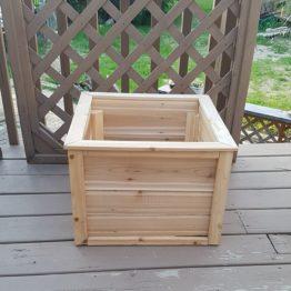 Cedar Planter Box 2